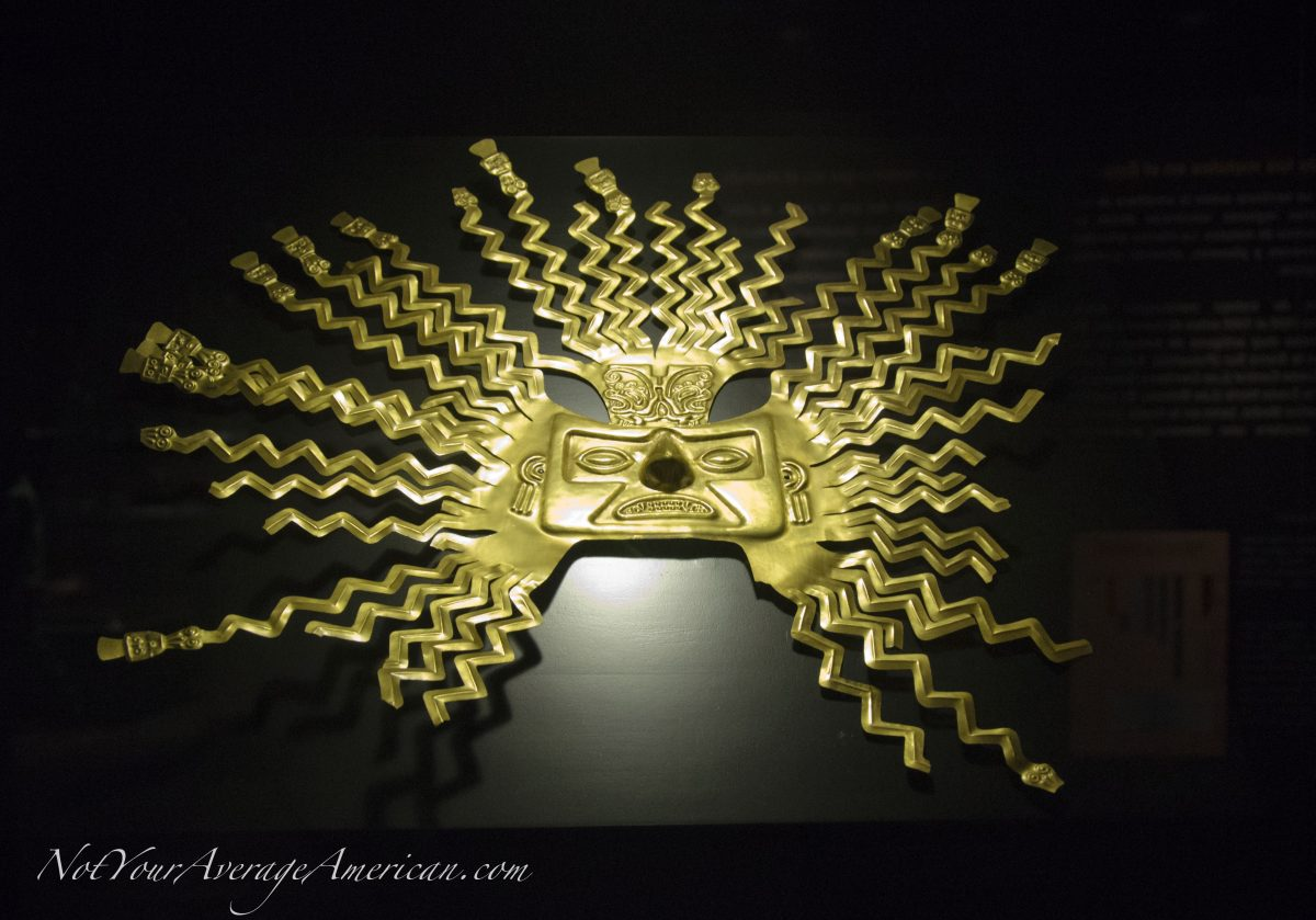 A Gold Exhibit Worth Seeing at the Casa de la Cultura