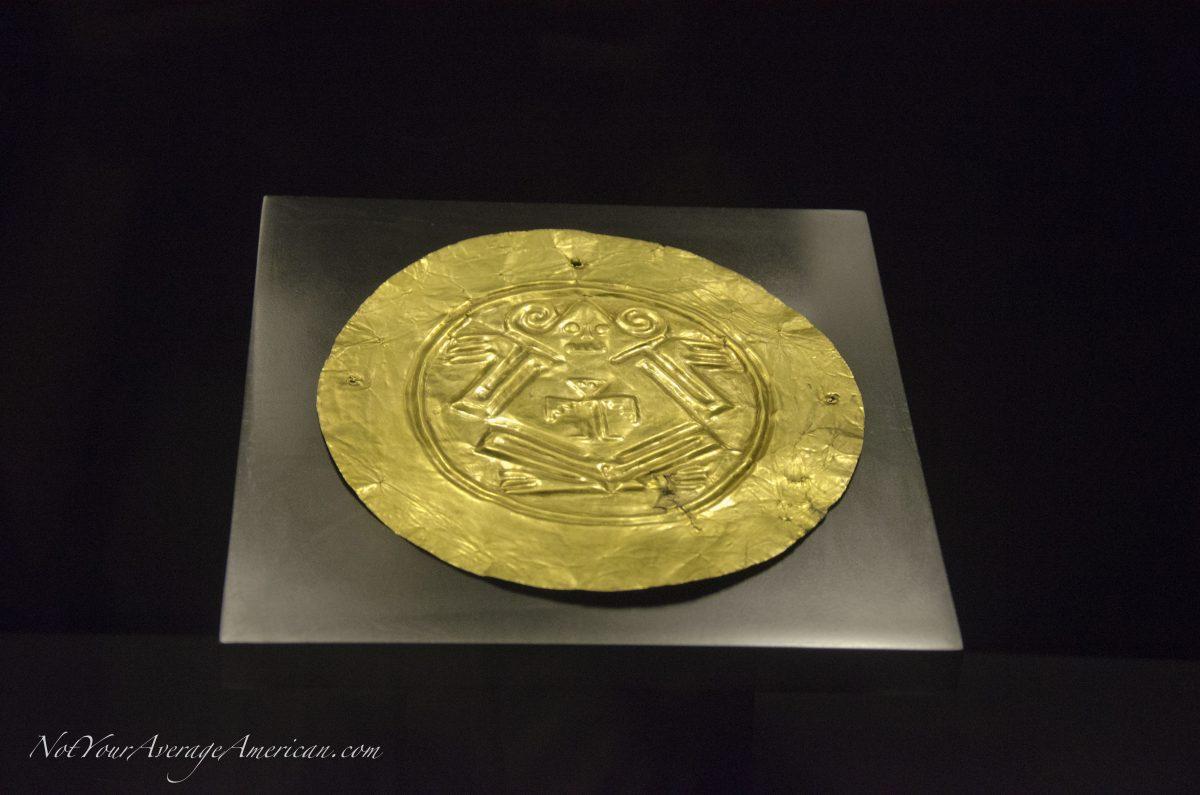 Gold Pendant; Museo Nacional, Casa de la Cultura, Quito, Ecuador | © Angela Drake