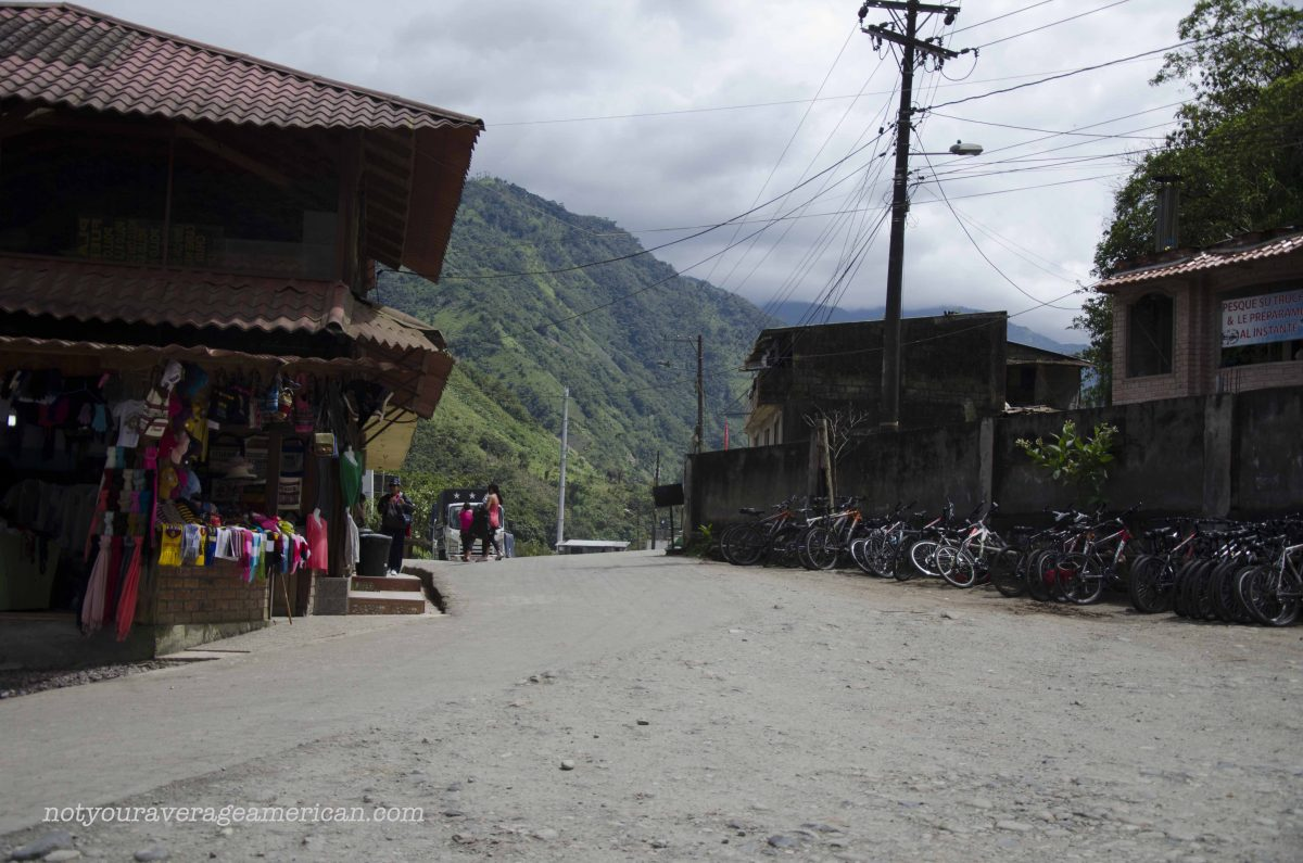 The Parking Lot, The Pailón del Diablo, Baños, Ecuador