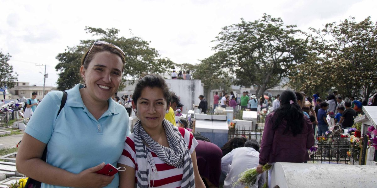 Irma Bartels and Dayana Montufar, students from the Universidad de Especialidades Turísticas (UCT) | ©Angela Drake
