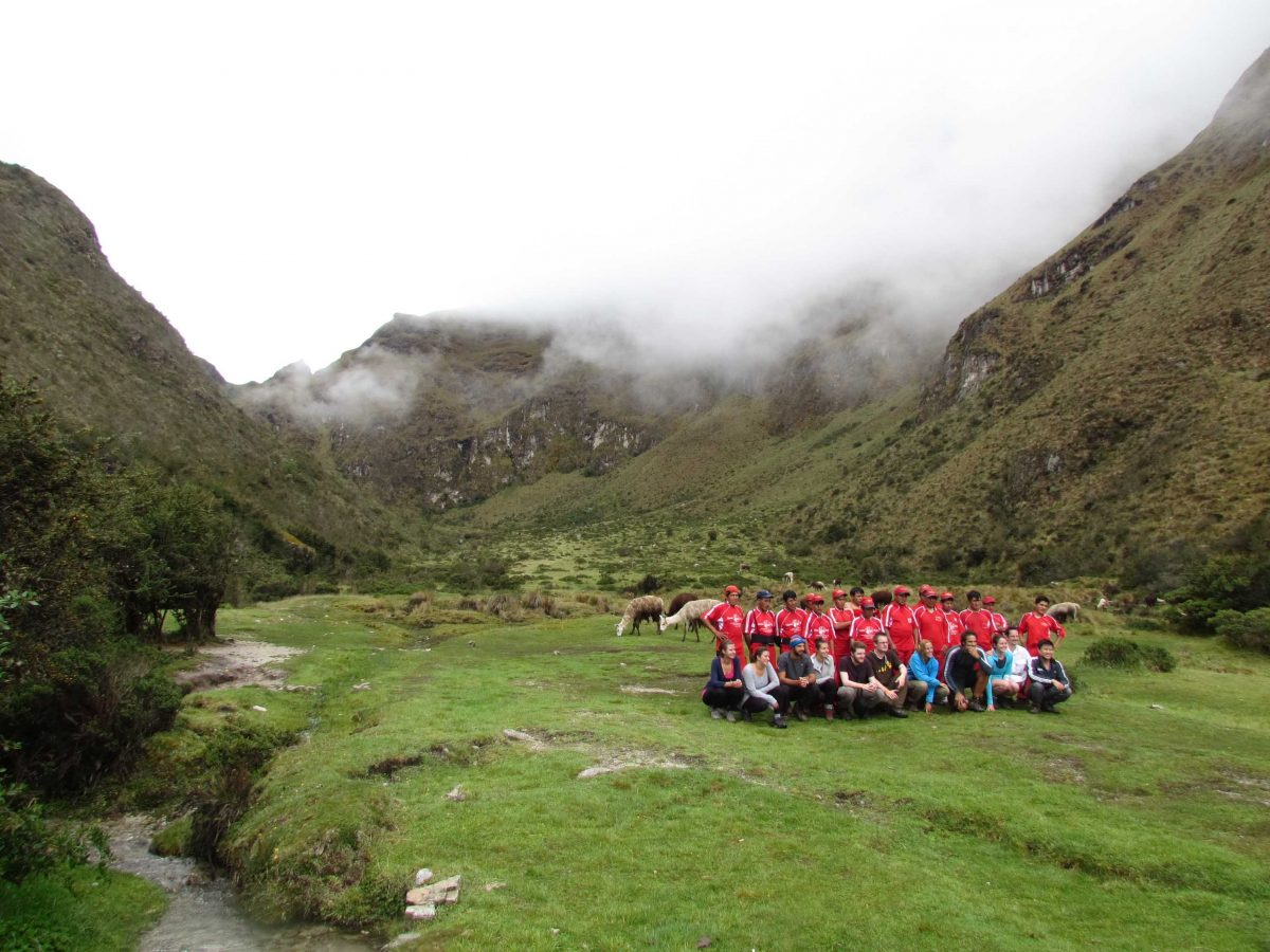 A hiking group with their porters at Llulluchampa, Inca Trail, Peru | ©Angela Drake