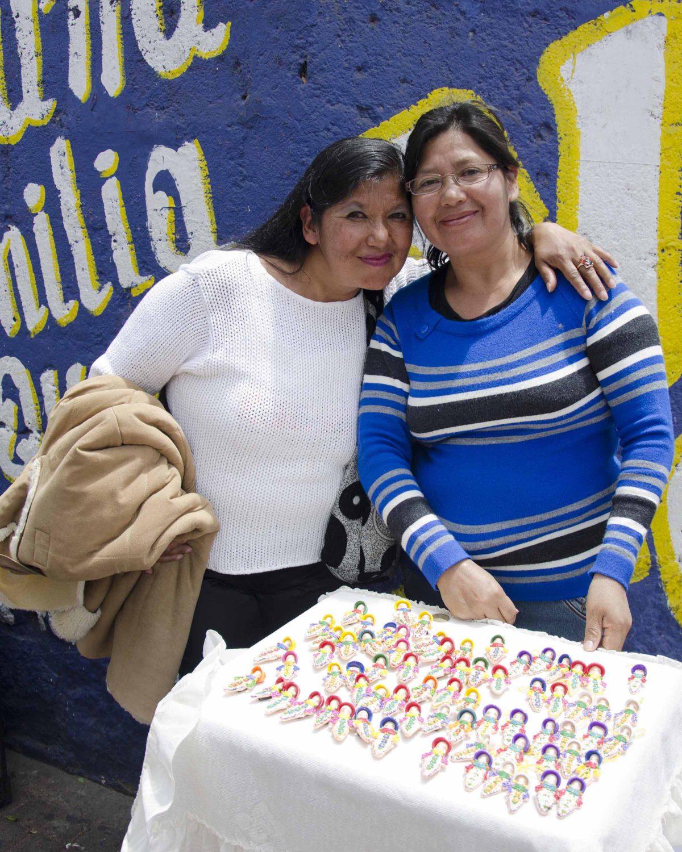Selling Miniature Guaguas on the Día de los Difuntos in Calderón | © Angela Drake
