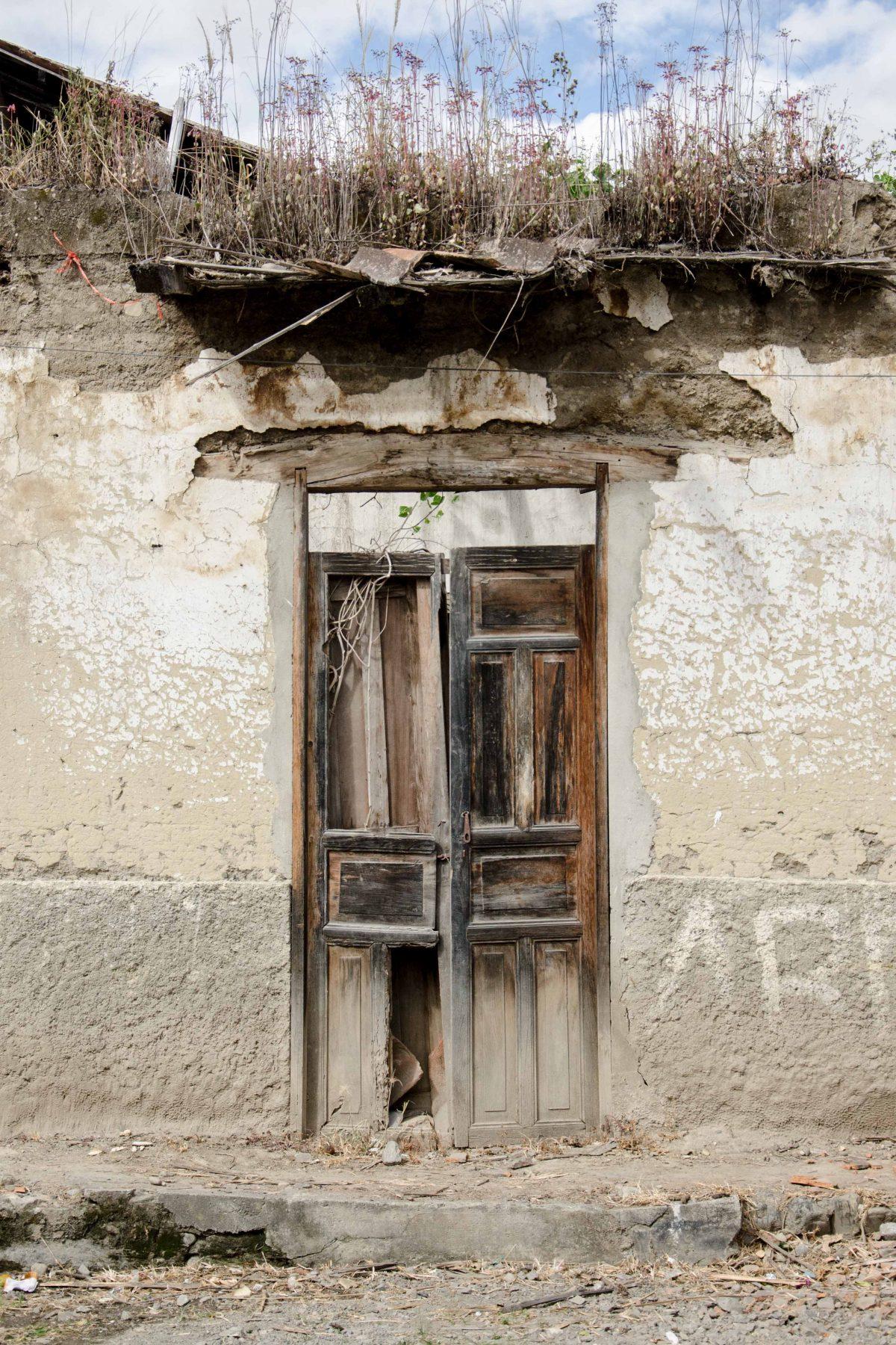 An old home in Vilcabamba, Loja Province, Ecuador | © Angela Drake