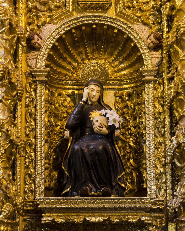 Mariana de Jesus, the patron saint of Quito; La Compania de Jesus | ©Angela Drake