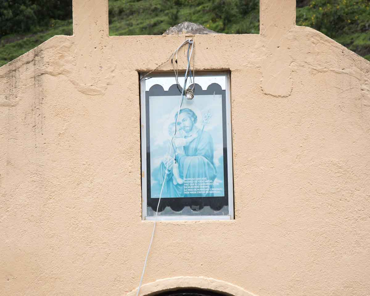 Small Chapel on the Backroad to Laguna Mica | ©Angela Drake