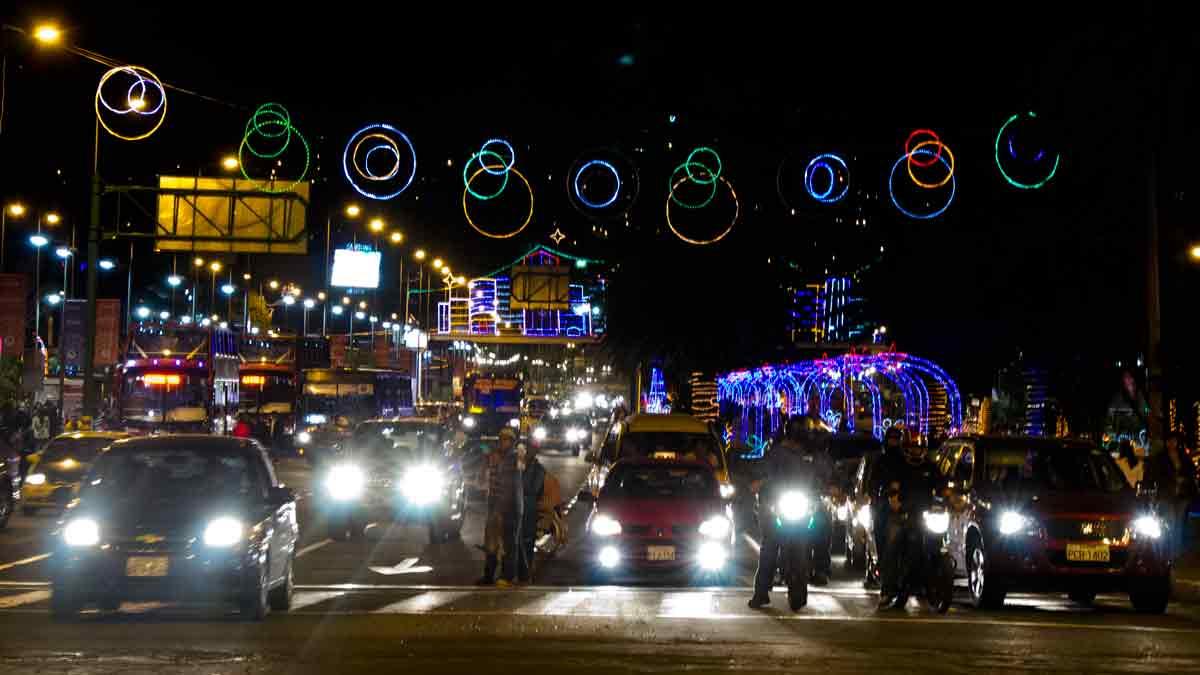 Christmas Lights on Naciones Unidas, Quito, Ecuador | ©Angela Drake / Not Your Average American