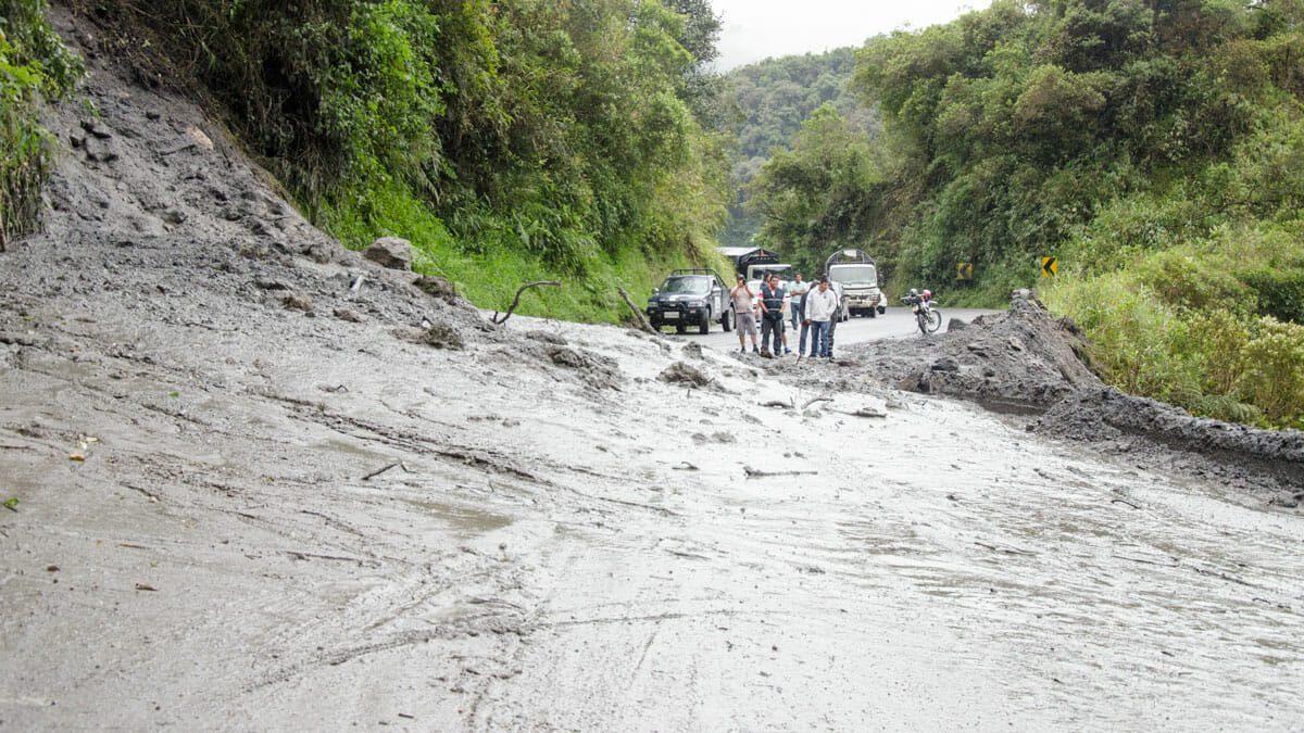 A landslide on the Papallacta-Baeza Road, Ecuador | ©Angela Drake