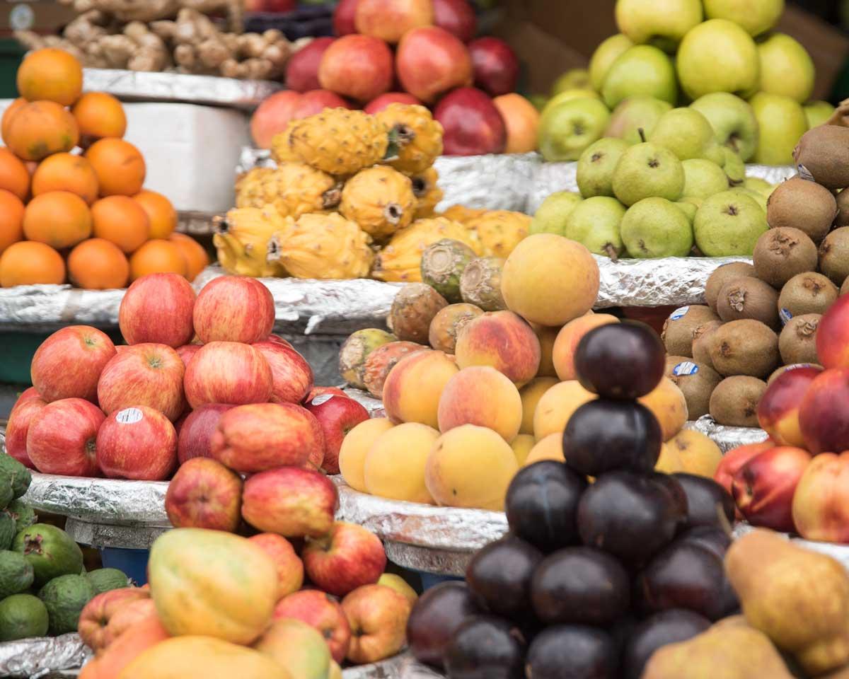Fruit Stand, Plaza de Mercado Paloquemao | ©Angela Drake
