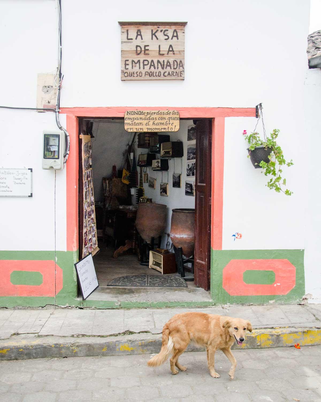 La Casa de La Empanada, Nono, Ecuador | ©Angela Drake