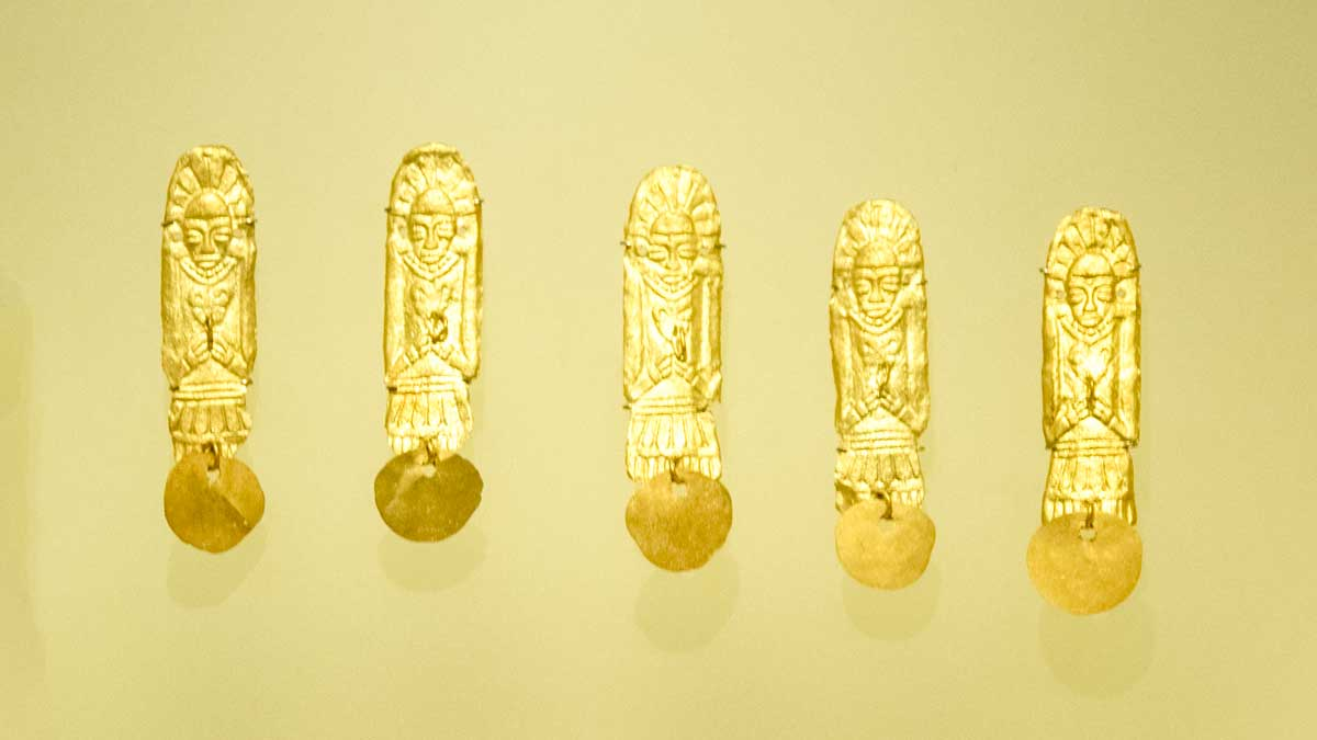 Gold Figures Made Using Wax Mold, 1080 CE in Chichinquirá, Boyacá | Gold Museum Bogota | ©Angela Drake