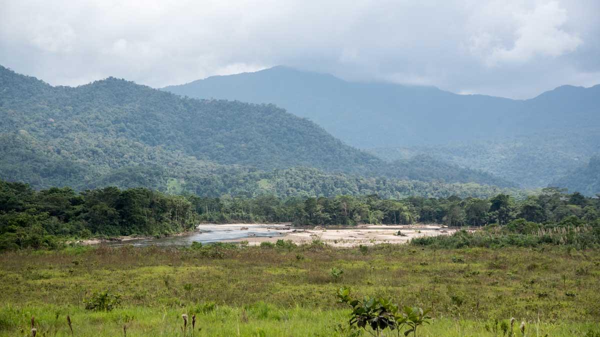 The Nangaritza River on the way to Cabañas Yankuam, Ecuador   ©Angela Drake