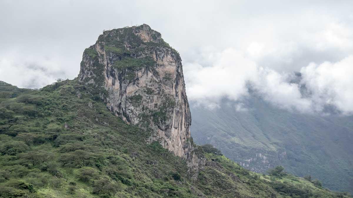 Roca de Gigatones near Giron, Ecuador   ©Angela Drake