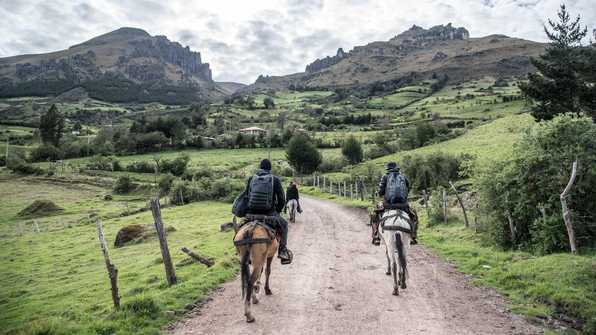 Hiking out to the Inca Trail, Chunchi, Ecuador | ©Angela Drake