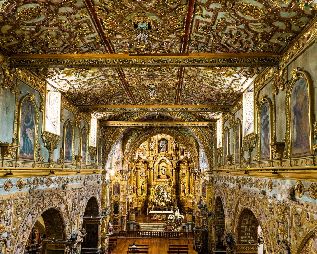 This overview gives a sense of the elaborate artworks in the San Fransisco Church. |© Ernest Scott Drake