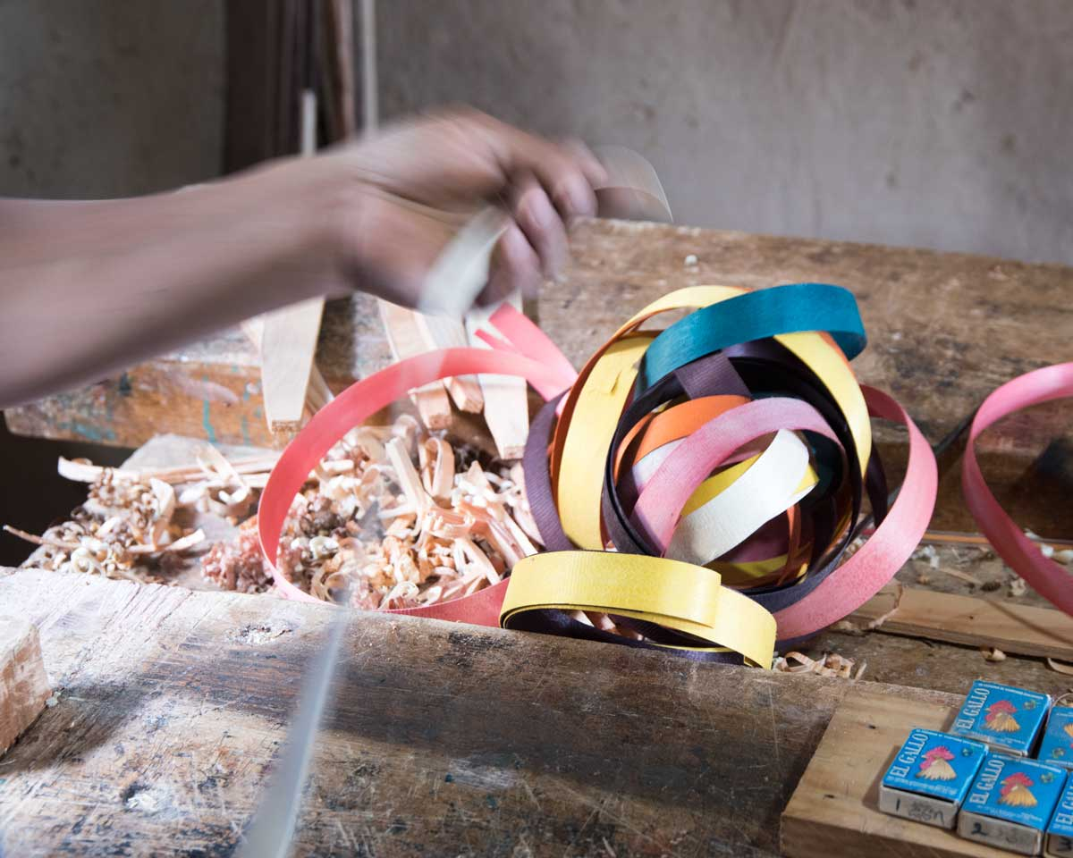 Dyed wood for guitar inlay; Uyaguari Workshop, San Bartolome, Ecuador | ©Angela Drake