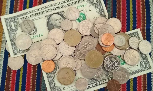 Let's Talk Money in Ecuador